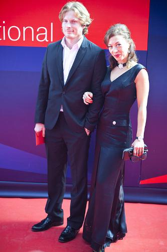 антон пампушный фото с женой