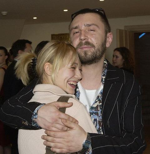сергей шнуров с женой фото