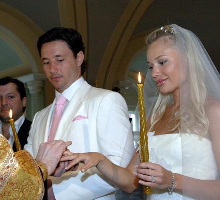 Жена Ильи Ковальчука, фото! - Мужья и жены звезд: http://muzh-zhena.ru/blog/ilja_kovalchuk_zhena/2014-08-13-372