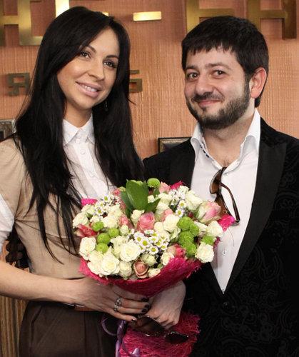 михаил галустян и его жена фото